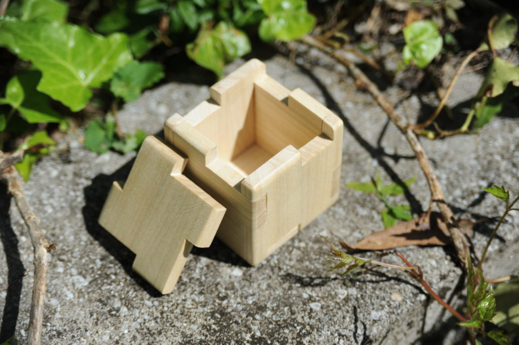 final interlocking panel box